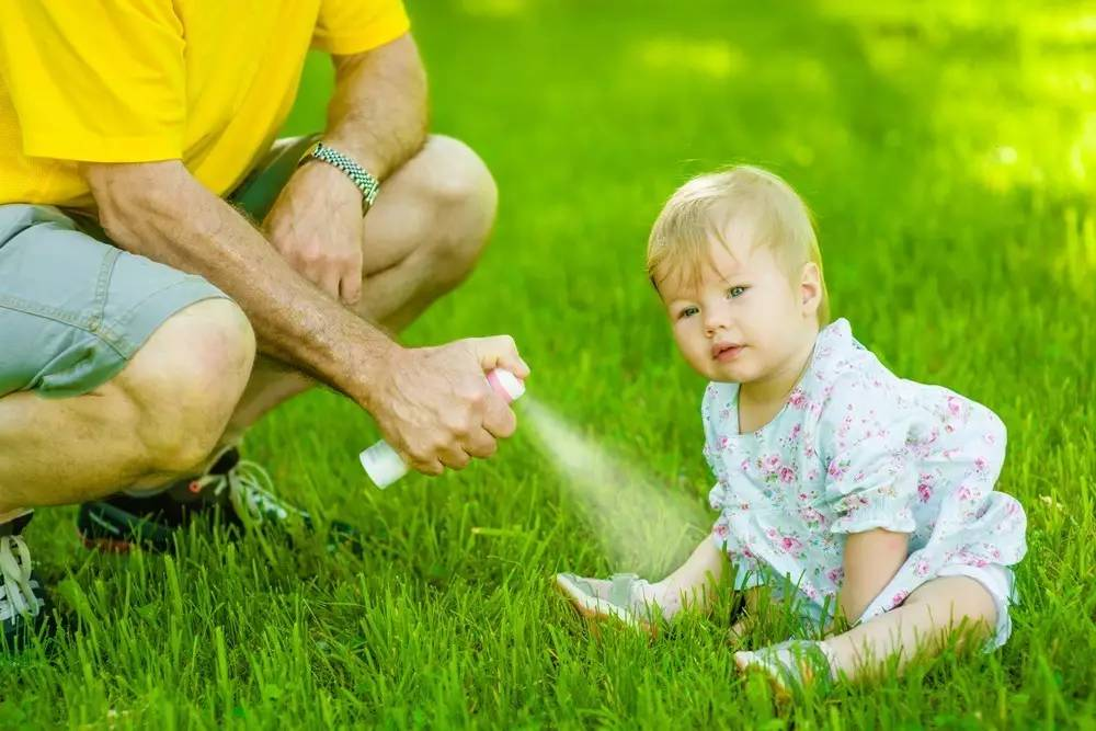 Use Mosquito Repellent Liquid Properly, Protect Baby′s Delicate Skin